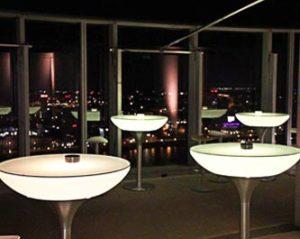 Auf der Aussichtsplattform vom KölnSKY haben Sie einen wunderschönen Blick über Köln.