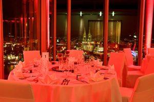 Ihre Tagung oder Konferenz bei uns im KölnSKY in der 27 Etage.