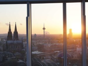 Auf unserer Dachterrasse kann man wunderschöne Sonnenuntergänge genießen!