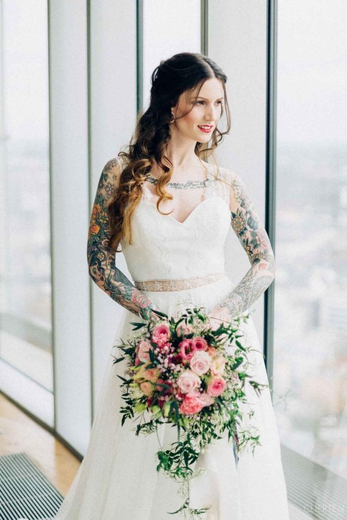 Träumen Sie auch von Ihrer Hochzeit bei bester Aussicht im KölnSKY?