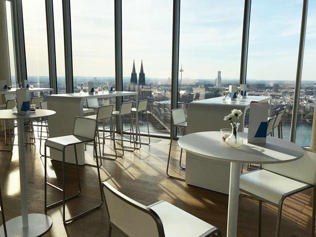 Hochgenuss bei Ihrem Event mit bester Aussicht auf Köln.